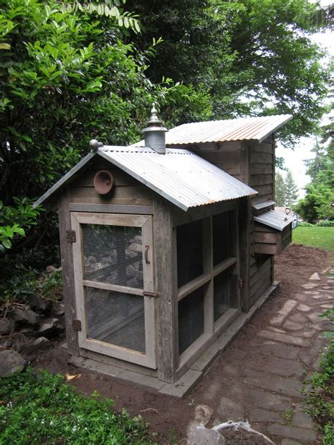 build your own coop building your own chicken coop and run woodworking projects plans