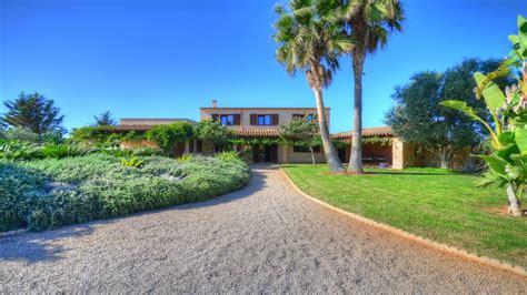 casa de campo romantica  impresionante jardin cerca de