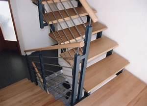 Treppenstufen Aus Glas : gel nder edelstahlgel nder als treppengel nder mit metallpfosten und holzhandlauf ~ Bigdaddyawards.com Haus und Dekorationen