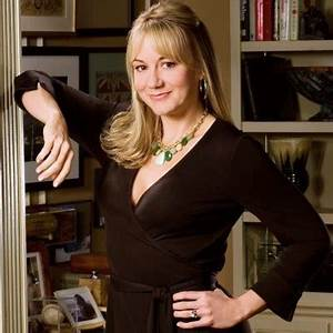 Megyn Price as Audrey - Sitcoms Online Photo Galleries