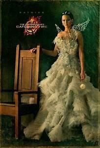 hunger games fans see katniss everdeen39s wedding gown With katniss everdeen wedding dress