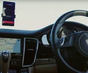 Première Voiture Au Monde : huawei d voile la premi re voiture autonome au monde pilot e par un smartphone ~ Medecine-chirurgie-esthetiques.com Avis de Voitures