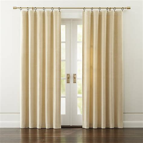 Lush Decor Velvet Curtains by 1000 Images About Rideaux On Window