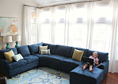 carolina   mind living room makeover part  navy