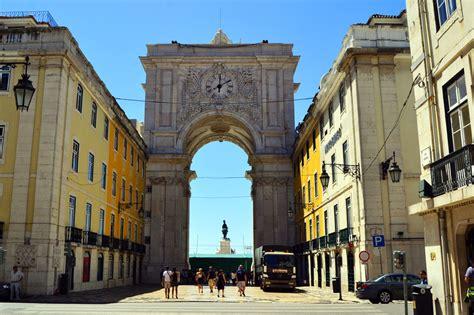 Lissabon: Surfen, Städtetrip und Sightseeing an einem ...