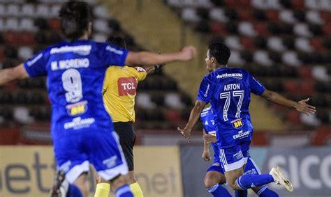 Cruzeiro vence a terceira com Felipão e respira na Série B ...
