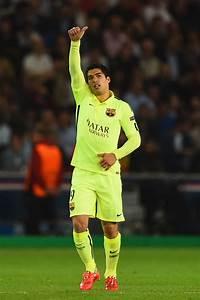 Paris Saint-Germain v FC Barcelona - UEFA Champions League ...