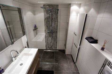 toilet in badkamer badkamer en toilet de hoog klussen