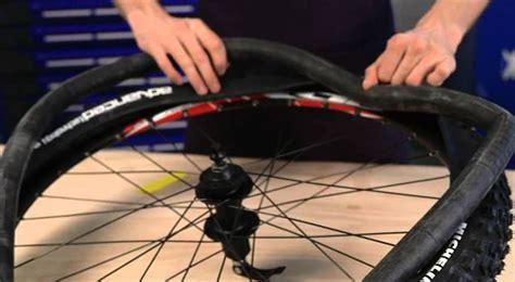 changer chambre à air vélo michelin montage pneu vtt avec chambre à air