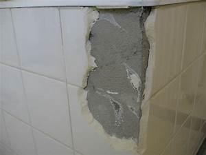 Doute sur la nature d'une plaque de tablier de baignoire