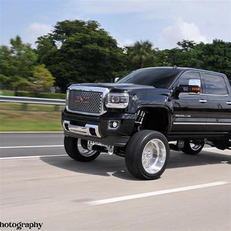 gmc hd denali   fts lift  american force wheels