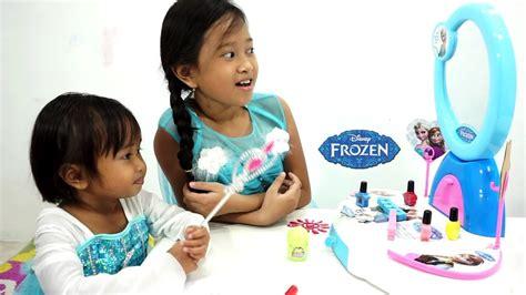 princess elsa makeup mainan meja rias anak baju frozen
