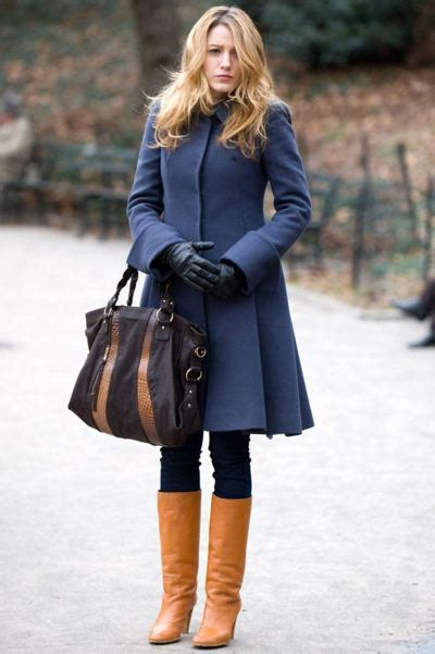 Best-gossip-girl-winter-outfit-serena-van-der-woodsen-blake-lively-blue-coat-brown-boots ...