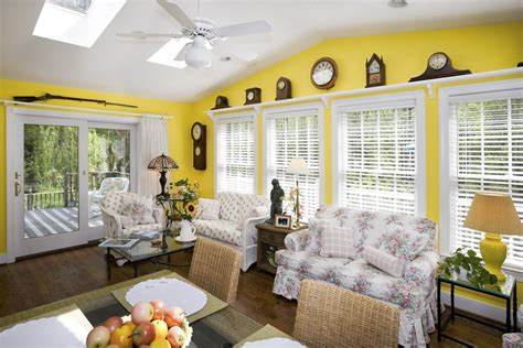 choosing interior paint colors for your home has never been so easy