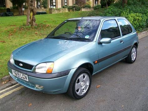 encontra manual ford fiesta  owners manual hatchback