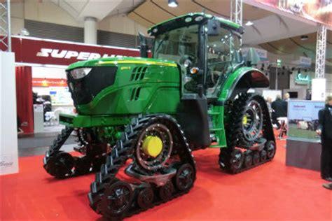 agritechnica russische traktoren für deutsche neue landmaschinen und traktoren auf der agritechnica 2013