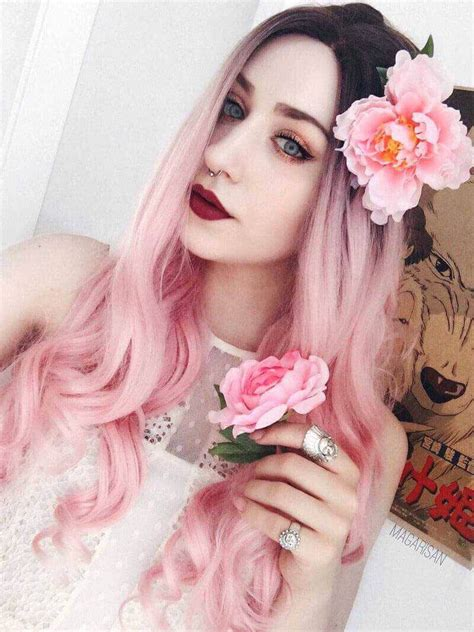 24 Black To Pastel Pink Ombre Long Wavy Synthetic Wigs Edw039