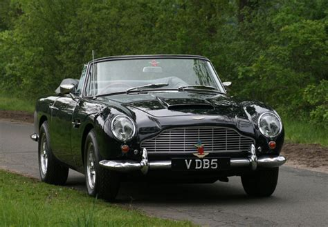 Aston Martin Db5 Wallpaper 2000 aston martin db5 vantage convertible 1963 1965 wallpapers