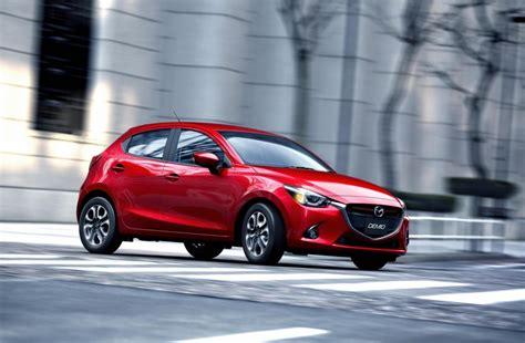 2016 Mazda 2 Revealed Video