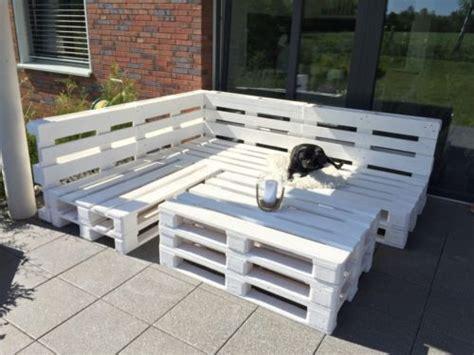 Sitzecke, Lounge, Gartenmöbel Aus Europaletten In Weiß