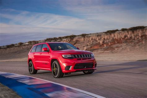 Jeep Gifts The 2018 Grand Cherokee Trackhawk With 707 Hp