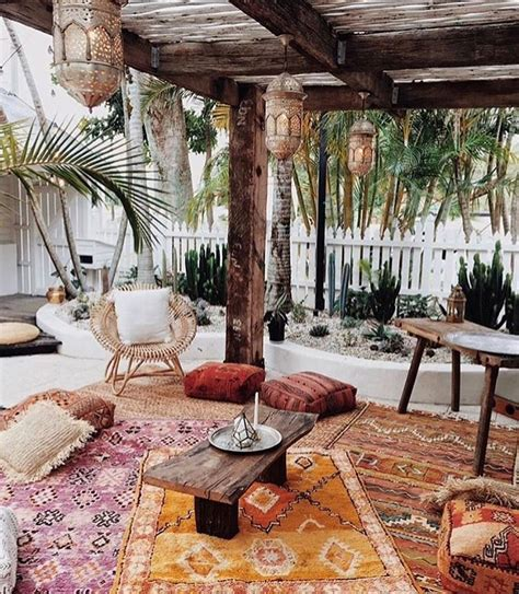 Bright bohemian modern home decor Share your #hesbystyle