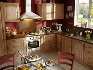 Leroy Merlin : cuisine Dabo avec façades en chêne massif (photo 12/20) Une cuisine classique