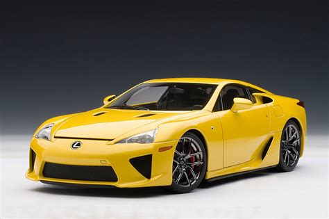 lexus yellow zt 39 s dream garage autoart lexus lfa in yellow