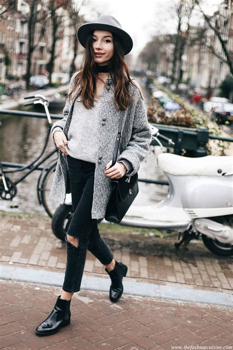 How To Wear Cropped Jeans with Chelsea Boots | A/W OUTFITS | Pinterest | Chelsea Winter and Clothes