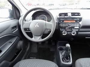 Galerie  Mitsubishi Space Star Cockpit