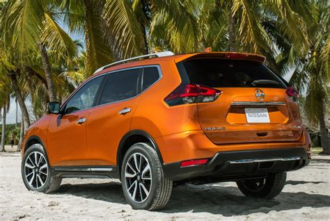 nissan hybrid suv nissan updates the rogue compact suv for 2017 and also adds a hybrid version drive