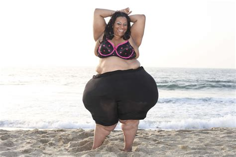 Woman Sets New Record For World's Largest Hips (video