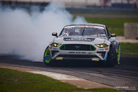Piotr Wiecek Wins Under the Lights at Formula Drift Texas ...