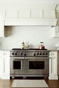 Powerful Quiet And Efficient Stove Hoods For Modern