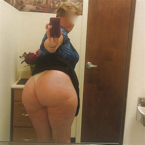 nude mature amateur pawg