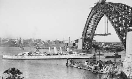 Boat License Expired Nsw by File Hmas Canberra Sailing Into Sydney Harbour In 1930 Jpg
