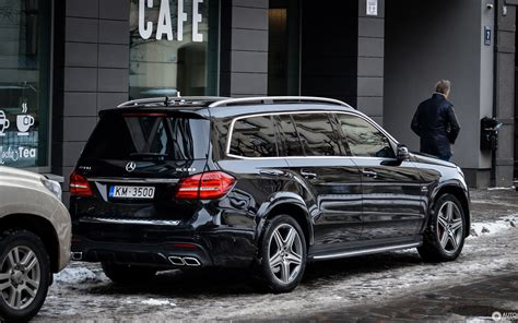 If the rumors are true, there will be a great number of changes for the 2019 model. 2019 Mercedes Glk (Dengan gambar)
