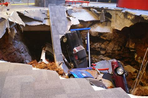 Corvette Museum Sinkhole Dirt by National Corvette Museum Sinkhole Photo Gallery Autoblog