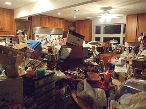 Kaneohe Family's Disturbing Home Perfect For The 'hoarders
