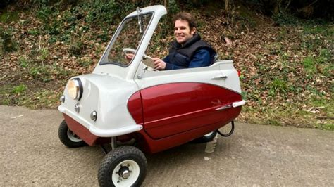 Driving the world's smallest car   Motoring Research