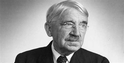 John Dewey Biography - Facts, Childhood, Family Life ...