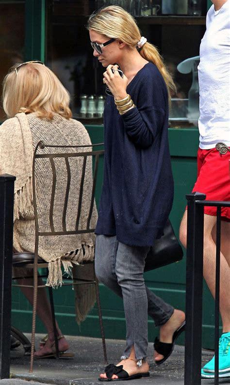 Ashley Olsen Long Blue Sweater Dress Grey Gray Torn Jeans