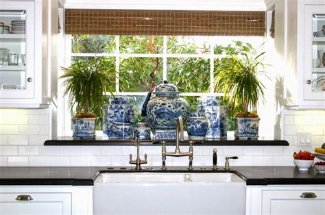 Kitchen Accessories Black And White by The Glam Pad 25 Classic White Kitchens With Blue White