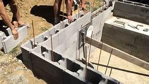 Beton Ciré Piscine : construction piscine b ton montage d 39 un rang suppl mentaire youtube ~ Melissatoandfro.com Idées de Décoration