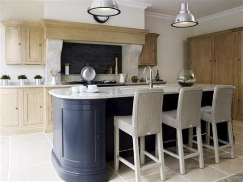 Ex display Neptune Henley Kitchen with Island, Worktops