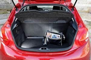 Coffre De Toit Clio 4 : nouvelle clio et peugeot 208 le duel blog auto carid al ~ Melissatoandfro.com Idées de Décoration