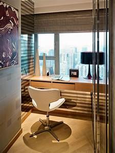 Small Luxury Flat In Hong Kong