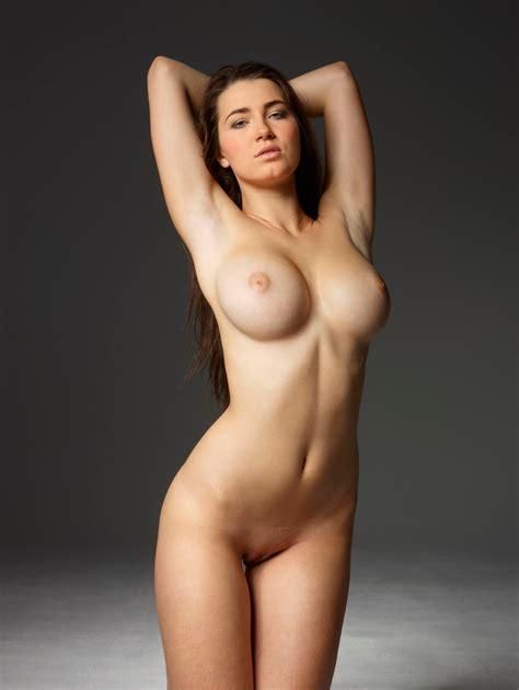 Big Tits Perfect Bodies Nudeporno Clips