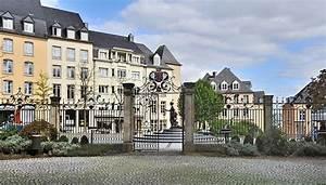 Einkaufen In Luxemburg : place clairefontaine sehensw rdigkeit in luxemburg luxemburg reisef hrer tripwolf ~ Eleganceandgraceweddings.com Haus und Dekorationen