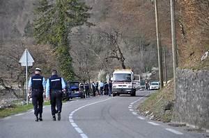 Accident Moto Haute Savoie : haute savoie un motard de 61 ans se tue sur la d909a talloires ~ Maxctalentgroup.com Avis de Voitures